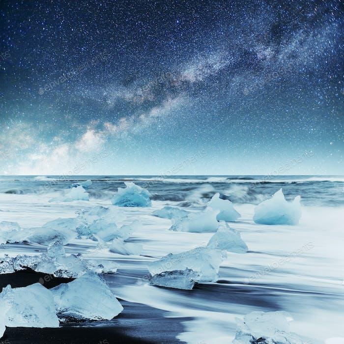 Icebergs floating in Jokulsarlon glacial lake. South Iceland