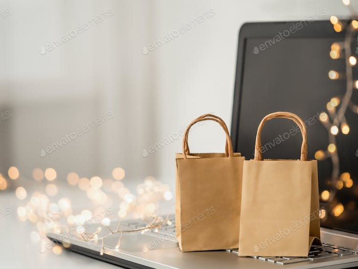 Winter holiday shopping online