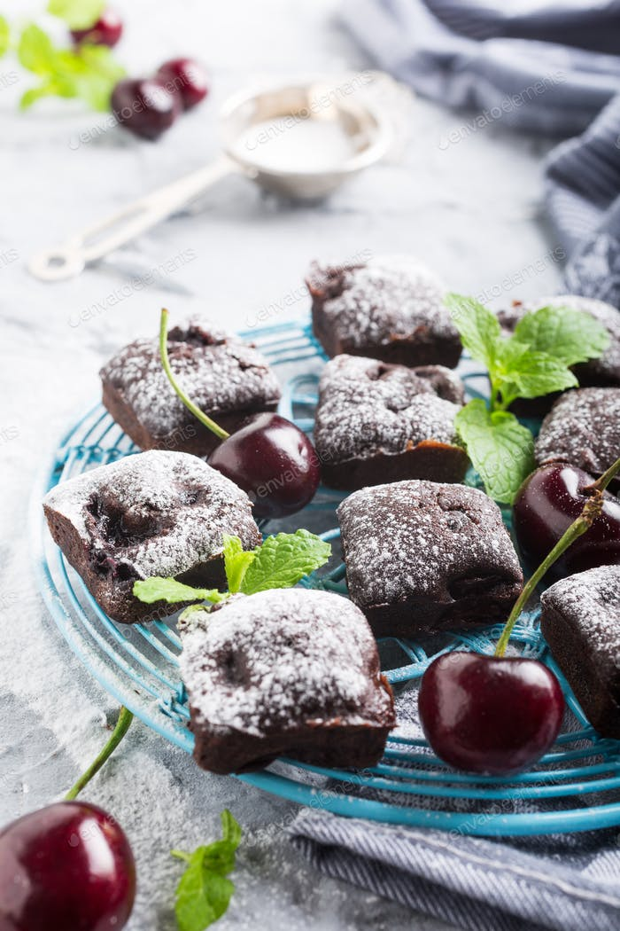 Hausgemachte Schokolade Kirsche Brownie Kuchen
