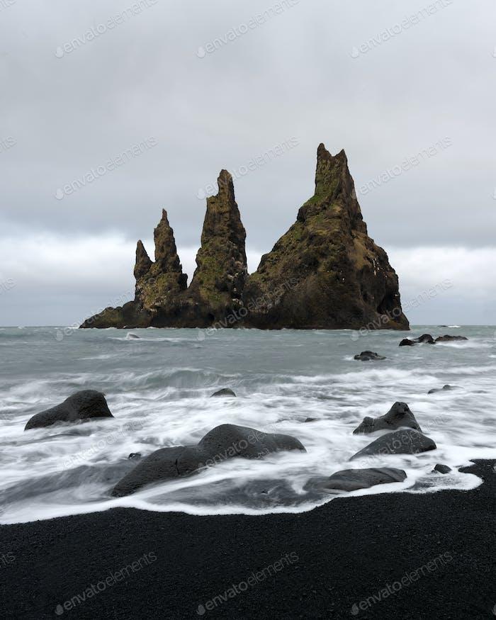 "Basalt rock formations ""Troll toes&quot"