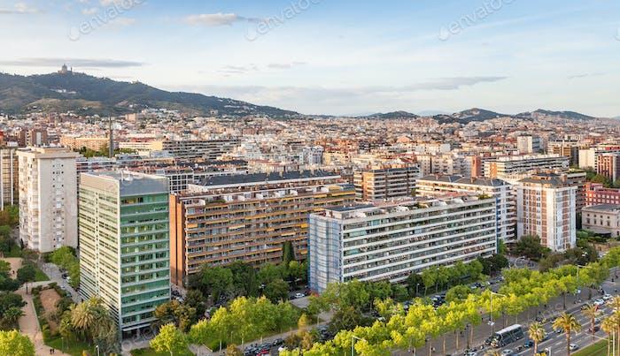 casas a lo largo de la Avinguda Diagonal en Barcelona