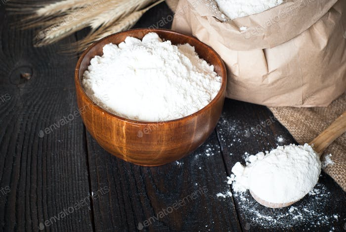 Flour in a wooden bowl