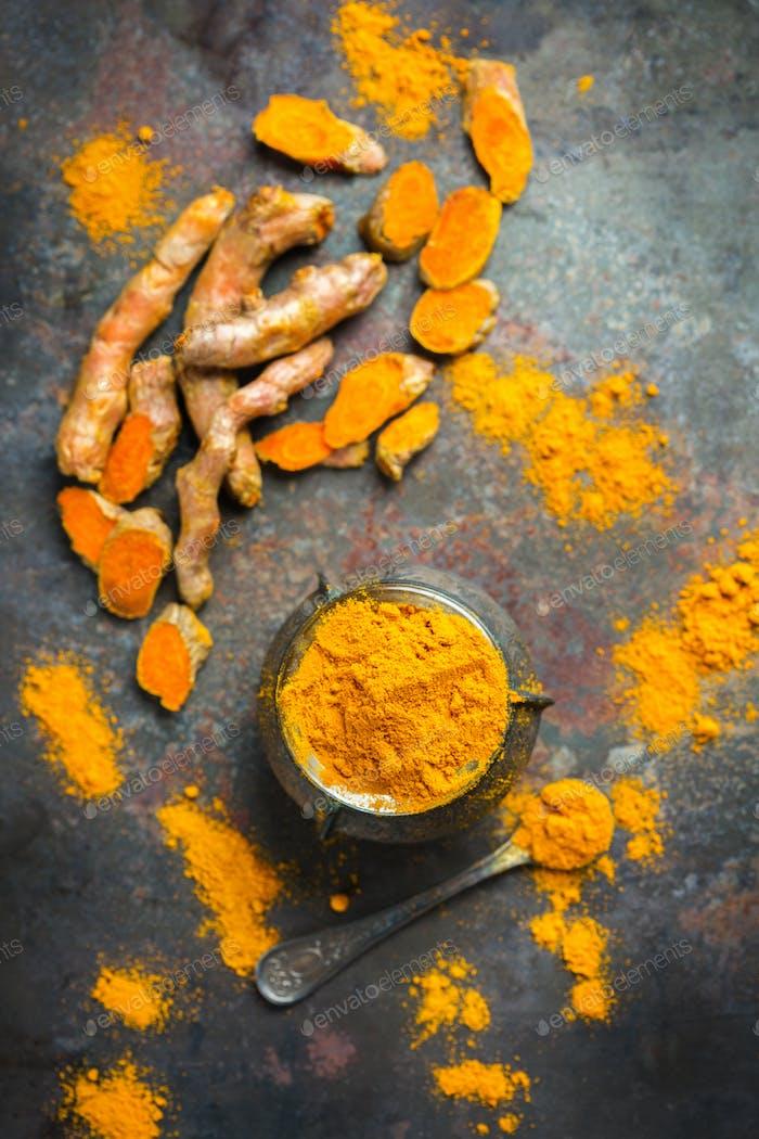 Turmeric root curcuma longa powder