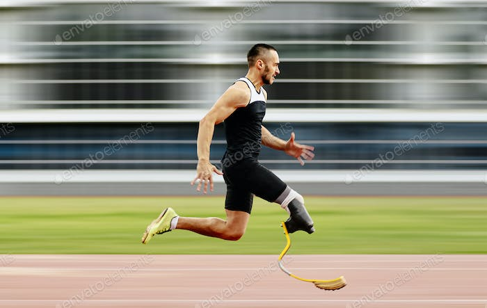 disabled athlete amputee leg run