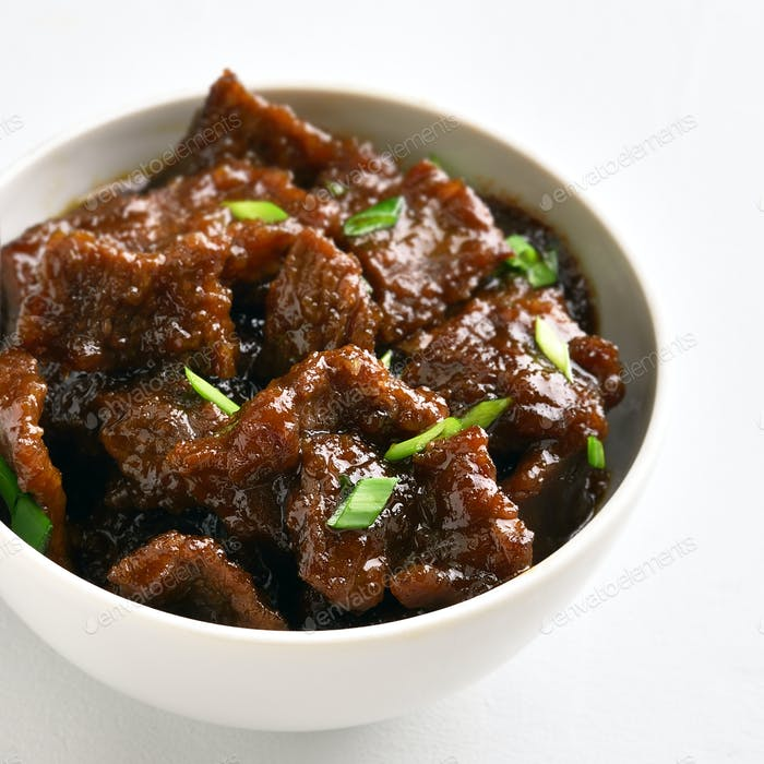 Mongolian beef in bowl