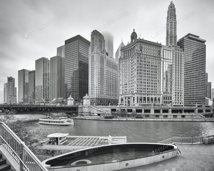 Black and white picture of Chicago downtown, USA