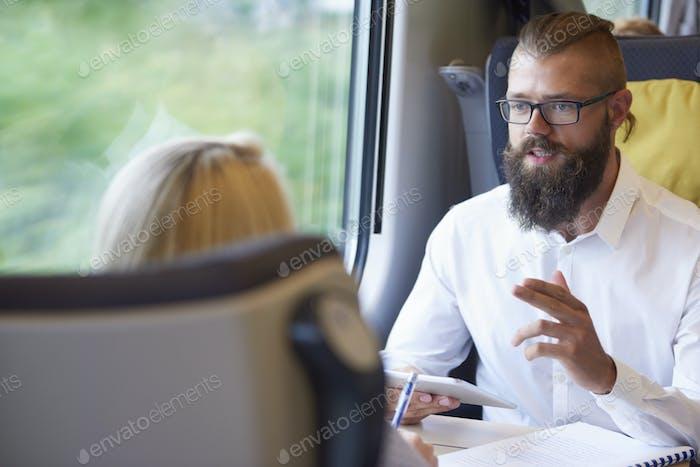 Business-Konferenz im Zug
