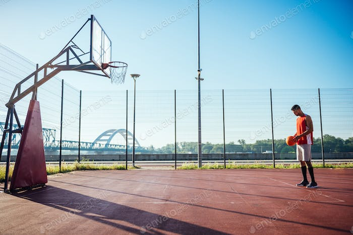 Free throw position