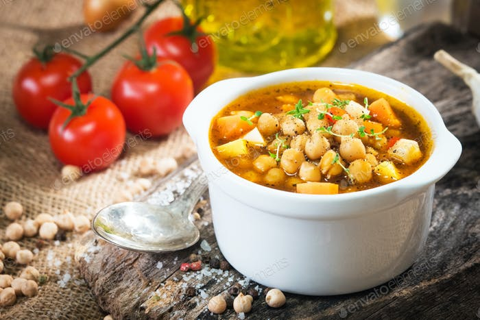 Chick pea stew with vegetable