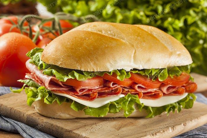 hausgemachte italienische Sub Sandwich