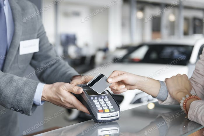 Nahaufnahme der Prox-Kartenzahlung