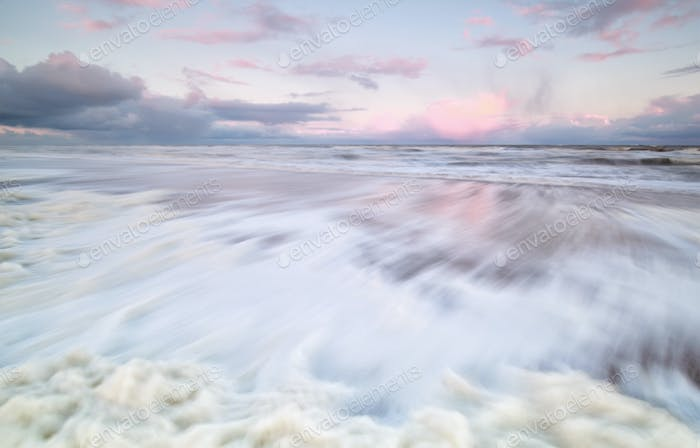 sea wave with long exposure
