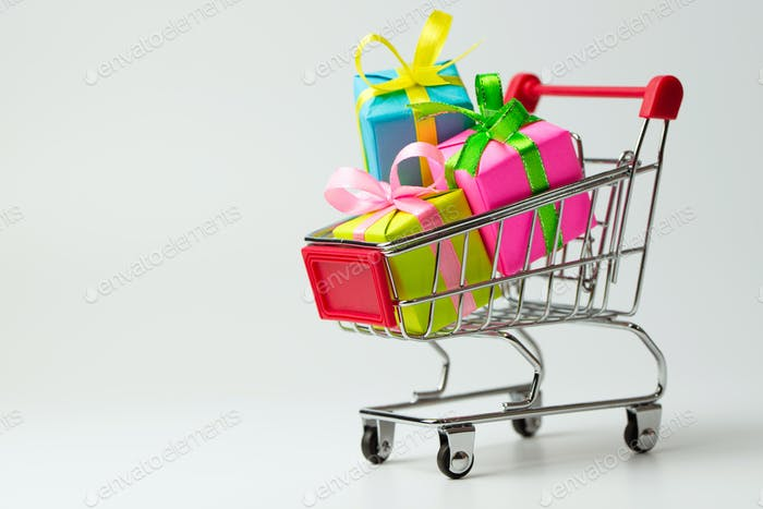 Multiple colors gifts in a shopping cart