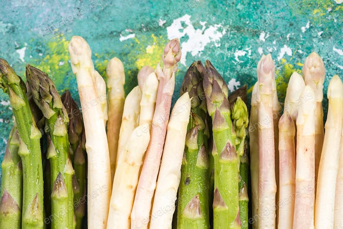 Green and white asparagus, top close view