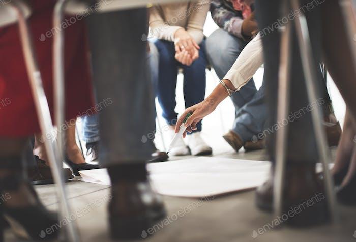 Concepto de Iniciar de la reunión de trabajo en Equipo
