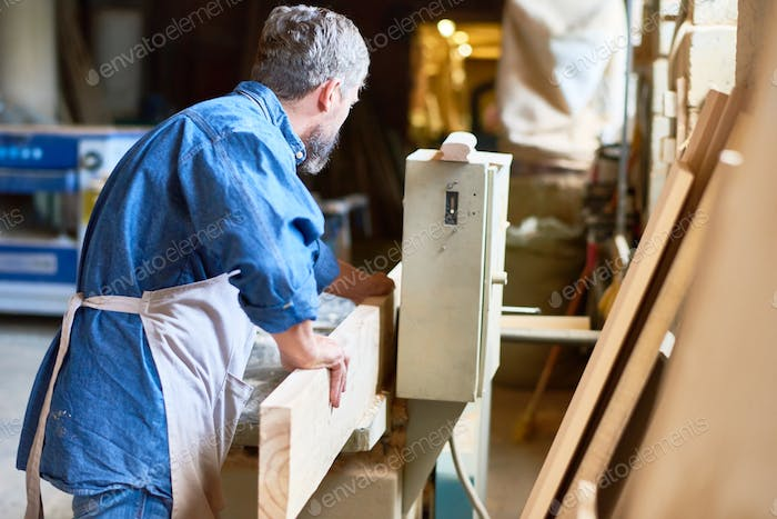 Work Process in Joinery
