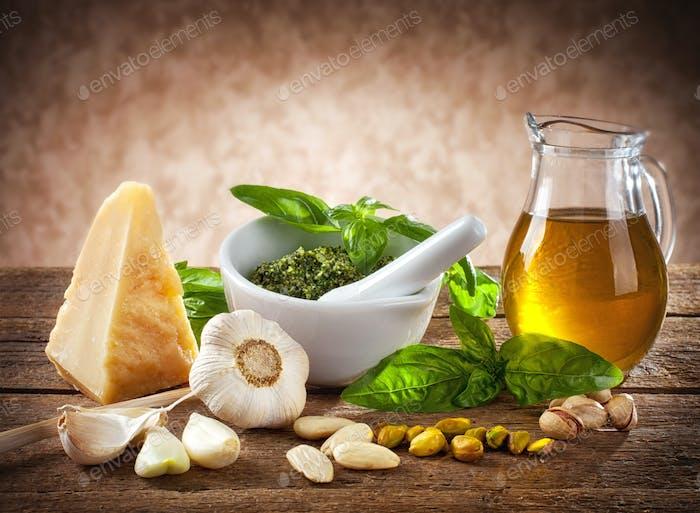 Sizilianisches Pesto
