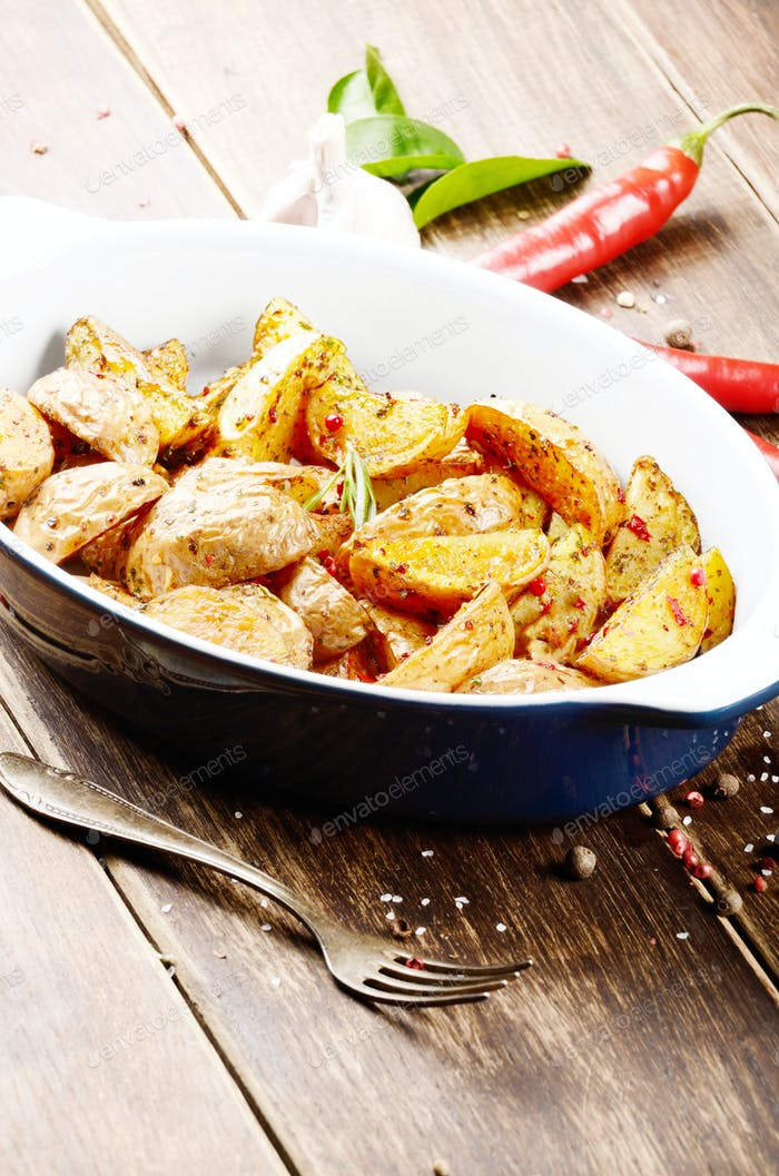 Ceramic dish with Fried potatoes