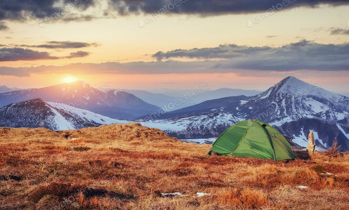 The tent is made up of green in the Carpathians