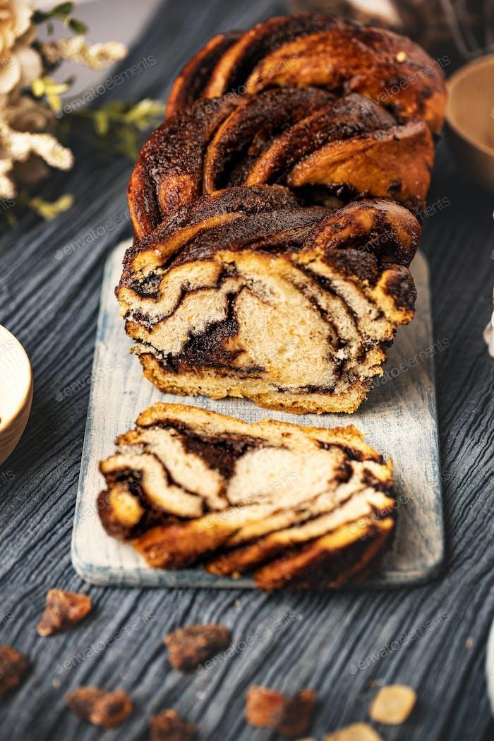 Babka cake with chocolate