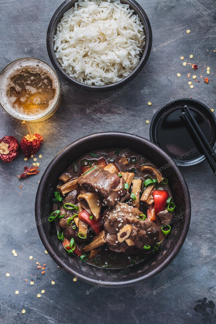Dongshan lamb stew in a pot, flat lay