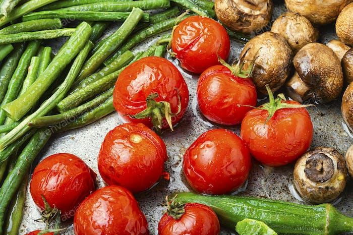 Grilled vegetables in pan
