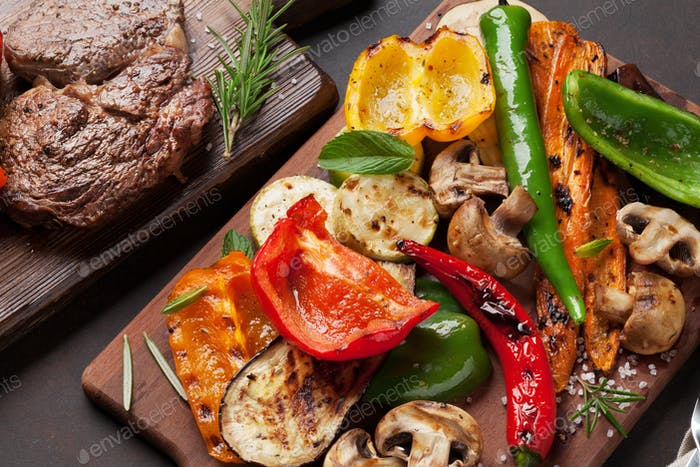 Grilled vegetables and beef steak