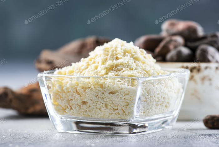 Organic cocoa butter, cocoa beans, grated cocoa lump, dark chocolate