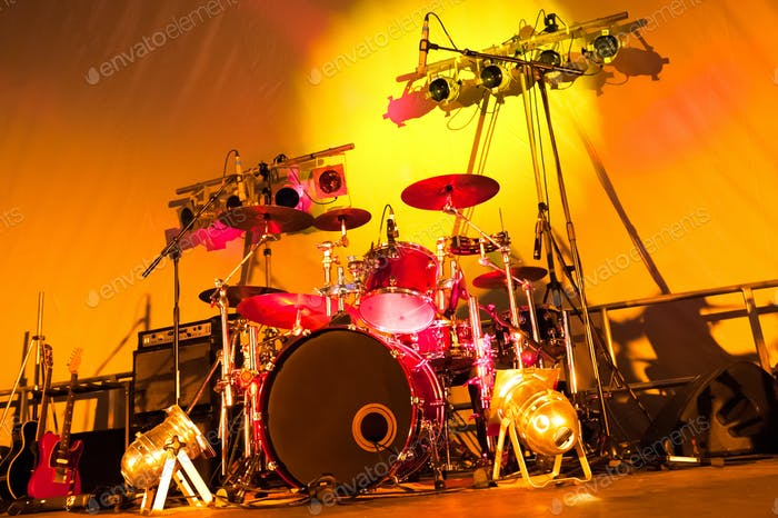 drums and lights