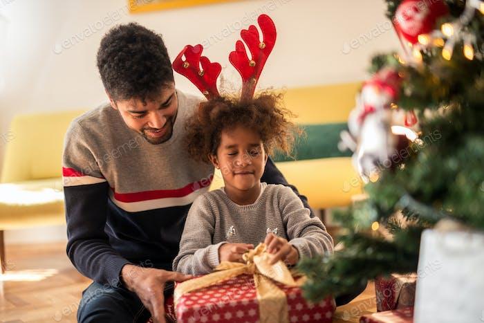 Eröffnung des Geschenken