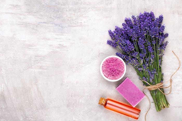 Ätherisches Öl und Lavendel, Kamille Meersalz, Spa.
