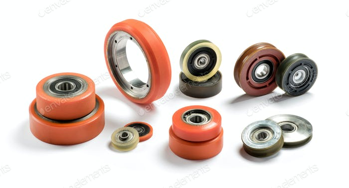 Set of bearings of different colors