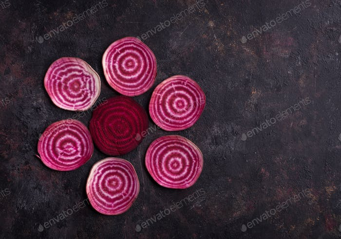 Pattern of sliced beetroots