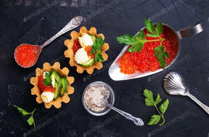 tartalets, butter and salmon caviar