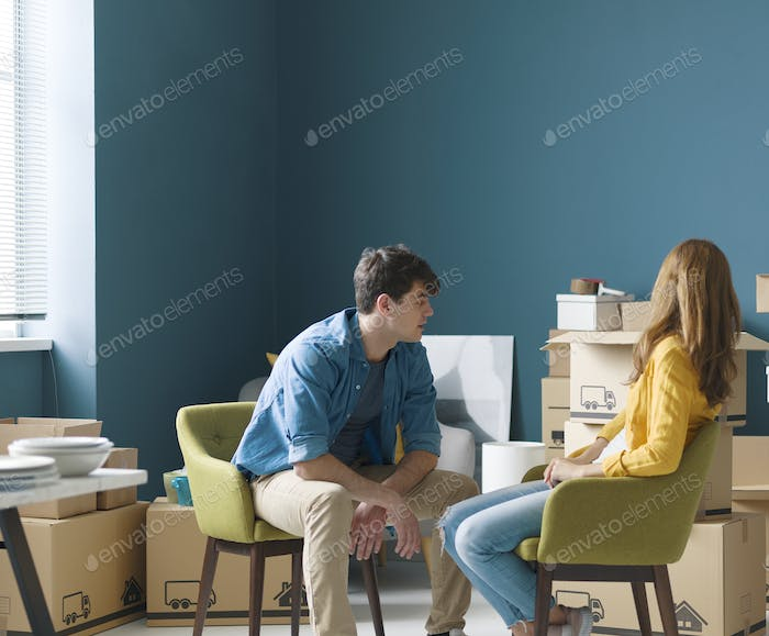 Couple doing a home relocation together