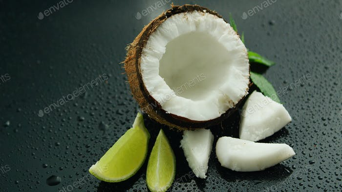 Fresh composition of lime and coconut