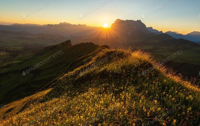Schöner Sommertag in den Dolomiten