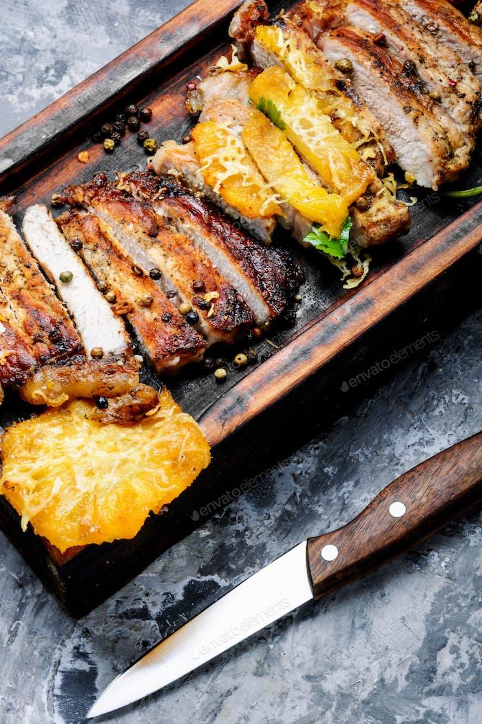Frisches gegrilltes Fleisch