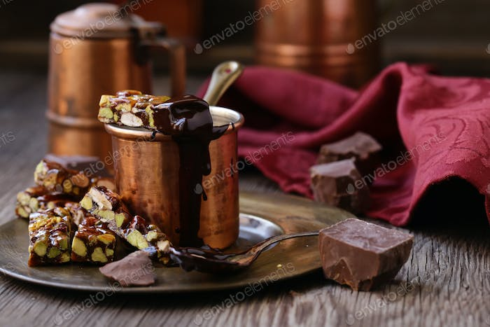 Hot Chocolate with Nutty Roasted Nuts
