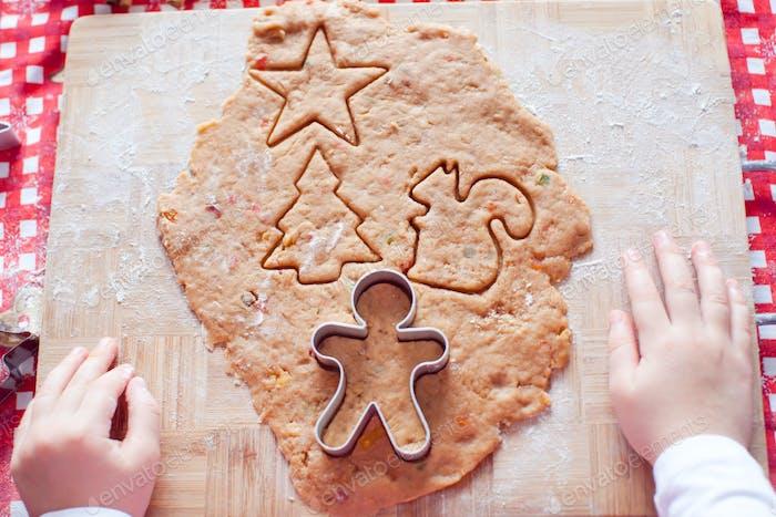 Roher Teig für Lebkuchenplätzchen für Weihnachten zu Hause Küche