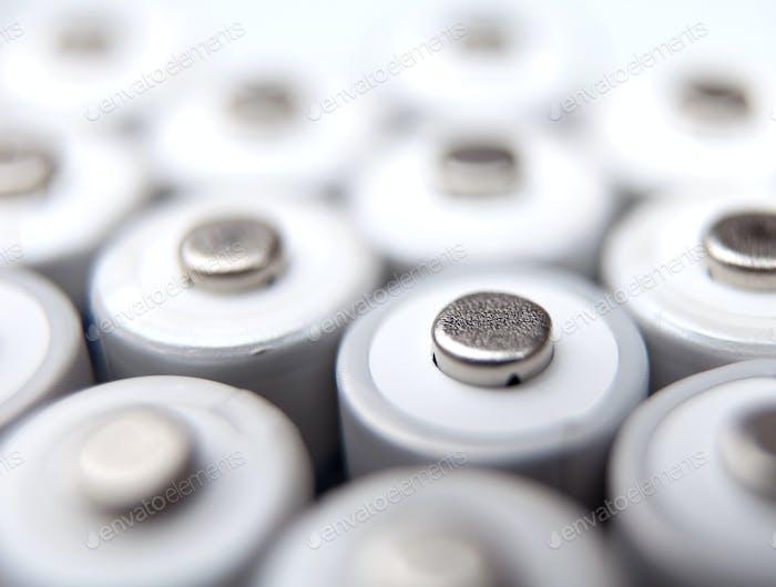 Viele AA-Batterien wiederaufladbar