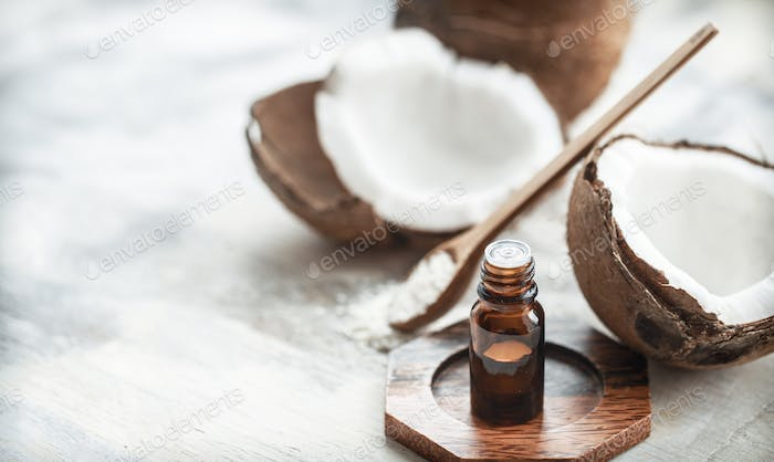 Composition with coconut oil and fresh coconut
