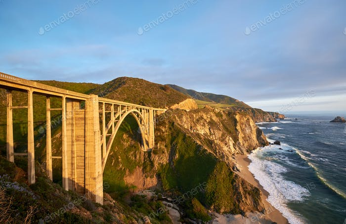 Bixby Creek Bridge auf Highway 1, Kalifornien