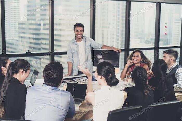 Business-Beratungsteam für Marketingerfolg