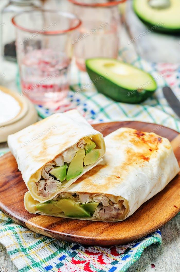 chicken avocado burritos