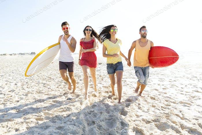 Gehen wir zum Strand