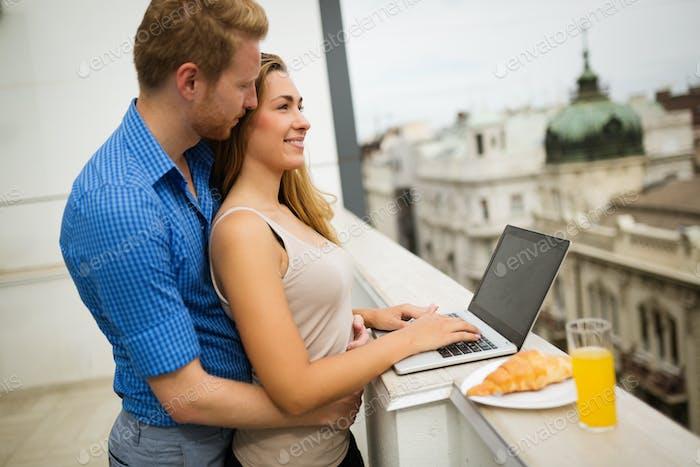 Sinnlich paar Dachterrasse Romantik