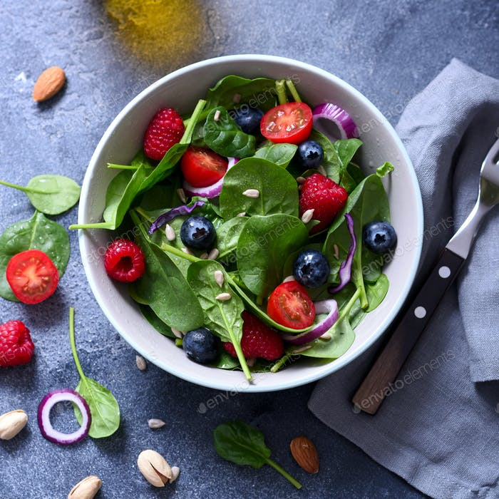 Healthy Salad with Spinach