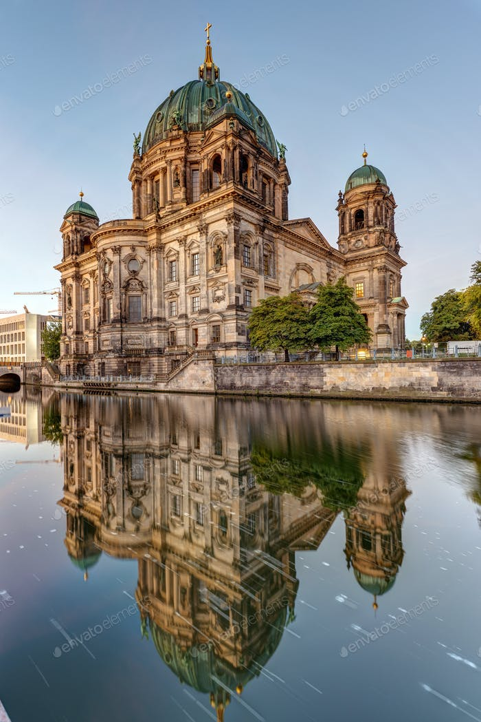 The Berliner Dom and the river Spree