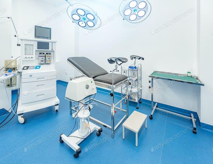 Гинекологическая комната со стулом
